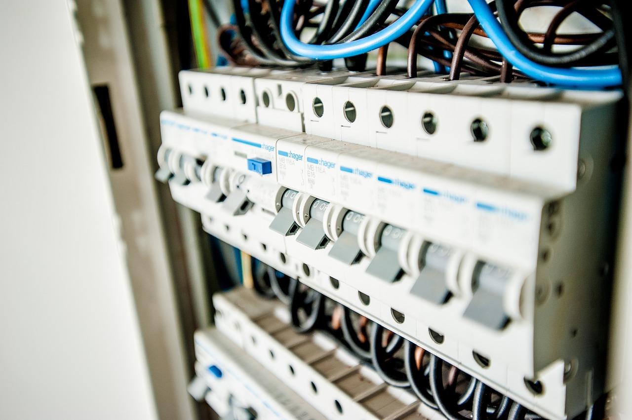 Impianto elettrico a norma come fare il blog di pootia - Impianto idraulico a norma ...