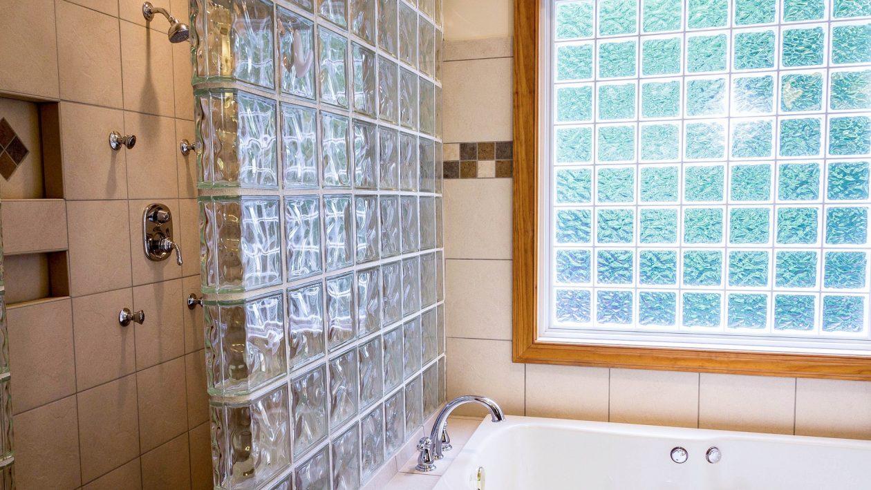 Vetrocemento 7 idee per utilizzarlo il blog di pootia - Box doccia vetrocemento ...